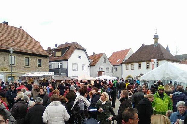 Schwarzacher Adventsstraße