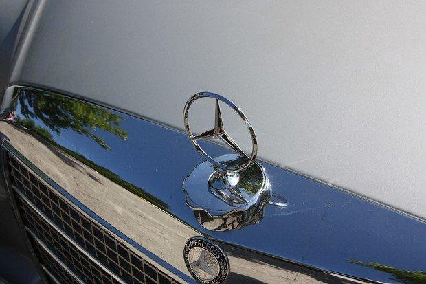 Mercedes Stock