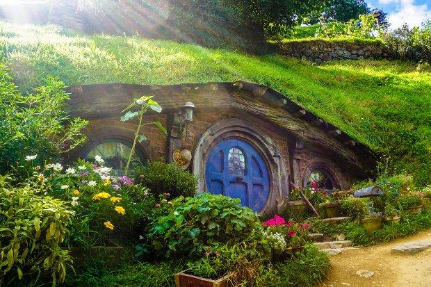 Hobbithöhle Stock
