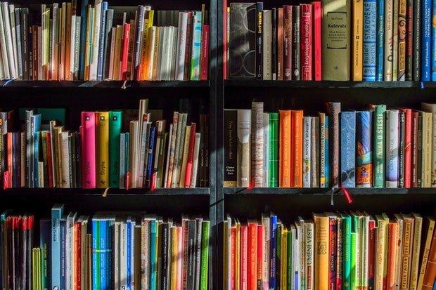 Bücher Buch Stock