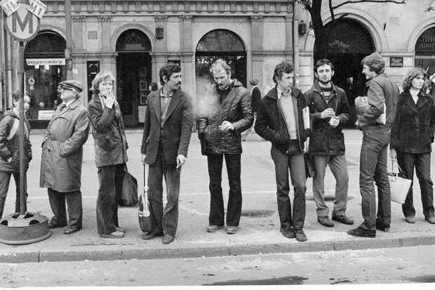 waiting_krakau_polen_1980