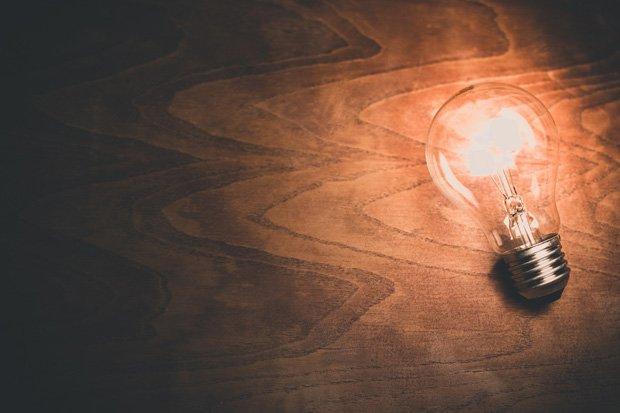 Glühbirne Strom Energie stock