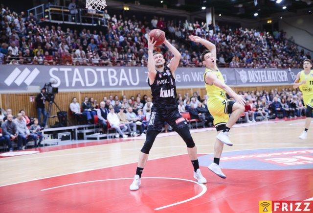 baskets frizz-233.jpg