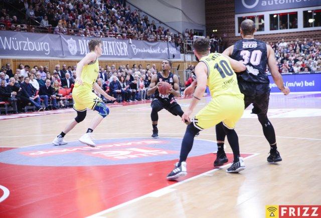baskets frizz-238.jpg