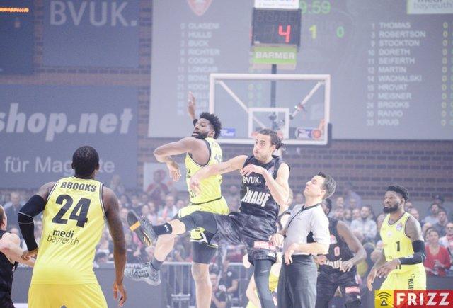 baskets frizz-343.jpg