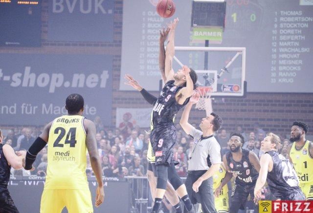 baskets frizz-345.jpg