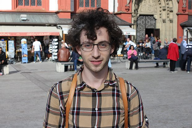 Tim, 23, Student