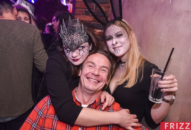 Halloween-Chase-2019-02.jpg