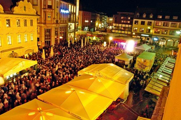 FRIZZ / WVV-Bühne Stadtfest Würzburg