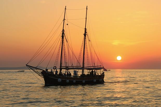 Schiff Boot Meer Angeln Wasser Stock