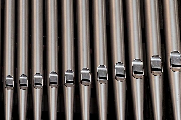 Orgel Gottesdienst Stock