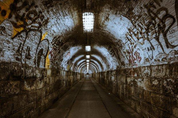 Tunnel Underground Stock