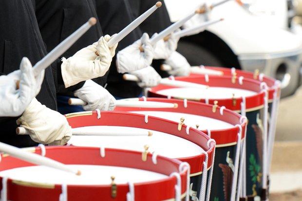 Militärmusik, Marschmusik, Schlagzeug Stock