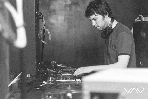 DJ Andrew James Gustav MS Zufriedenheit
